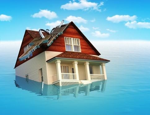 Infiltrazioni da lastrico solare: responsabilità contrattuale o extracontrattuale?