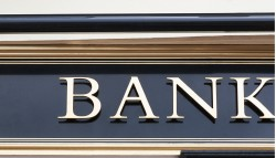 La concessione abusiva del credito da parte di un istituto bancario nei confronti di un cliente in stato di insolvenza