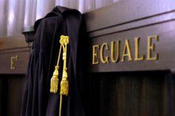 Nasce la categoria degli avvocati-dipendenti?