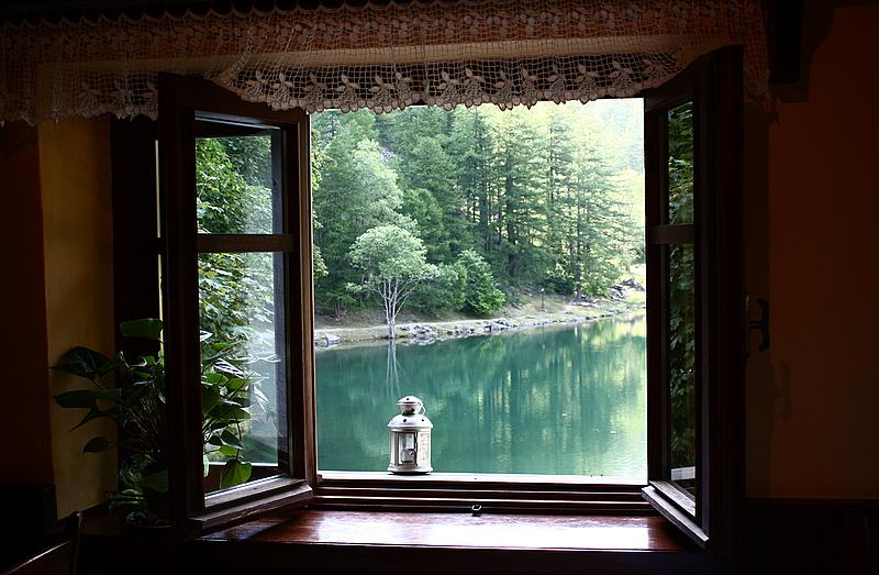 Art 907 c c inapplicabile il principio di non - Parapetto finestra ...