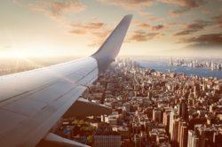 Il rimborso o il cambio del biglietto aereo: quando e come ottenerli
